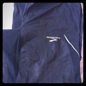 Men's Brooks running windbreaker pants